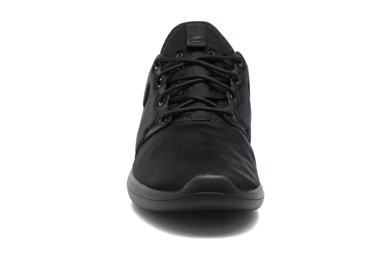Baskets Nike Nike Roshe Two Noir vue portées chaussures