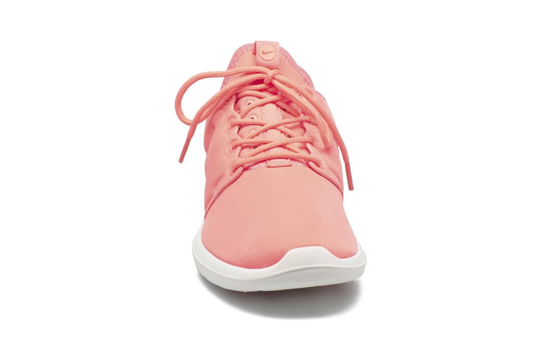Baskets Nike W Nike Roshe Two Orange vue portées chaussures