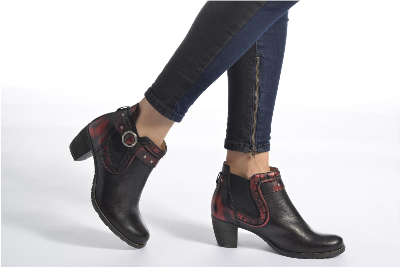 Ankle boots Dkode Cloe Black view from underneath / model view
