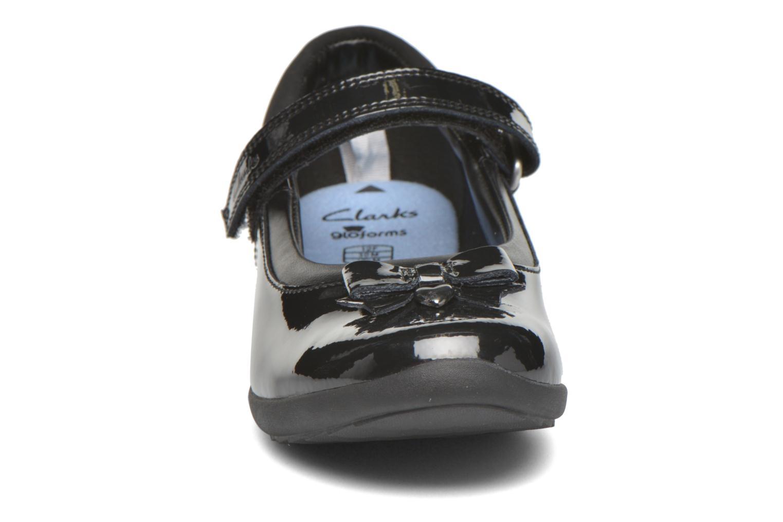 Ballerines Clarks Ting Fever Inf Noir vue portées chaussures