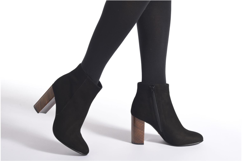 Stiefeletten & Boots Minelli Olba schwarz ansicht von unten / tasche getragen