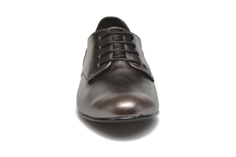 Chaussures à lacets Minelli Biby Or et bronze vue portées chaussures