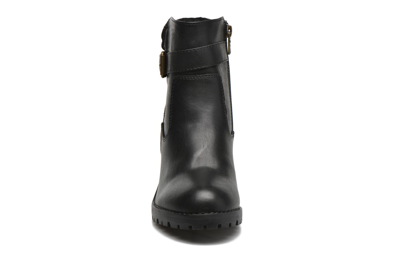 Ankle boots Refresh Margaux 63113 Black model view