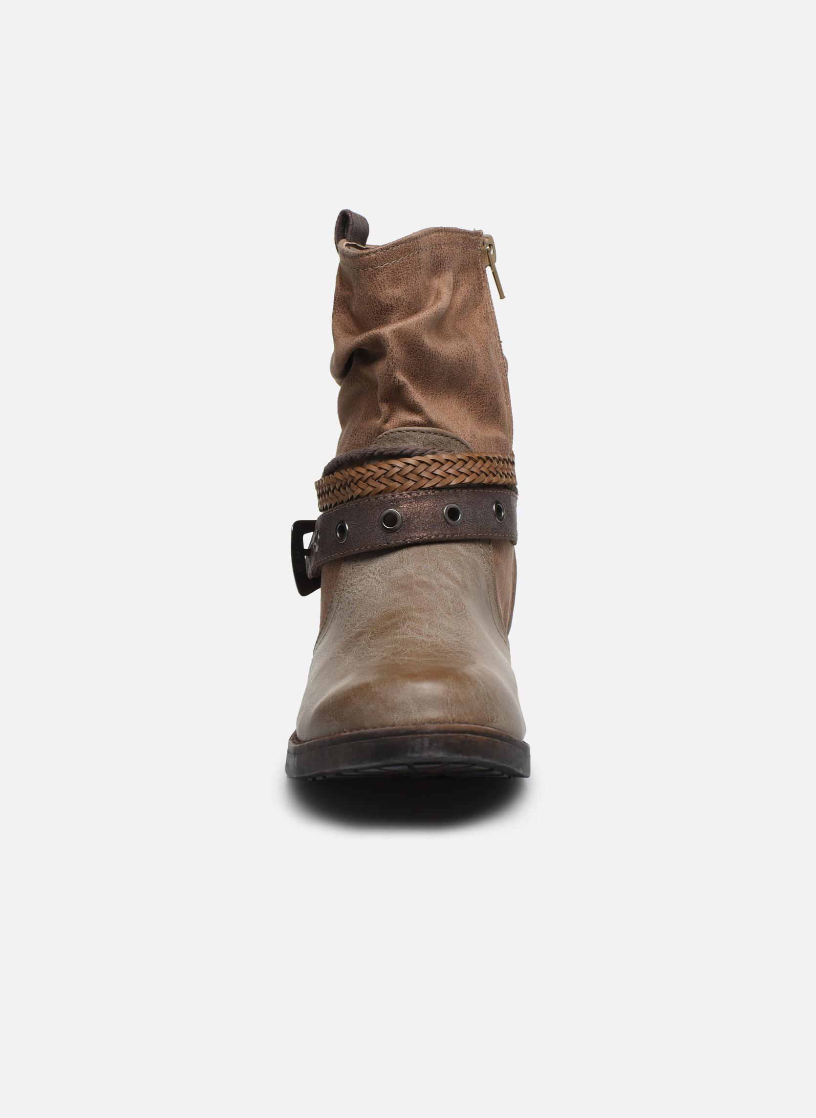 Bottines et boots MTNG Fausta Marron vue portées chaussures
