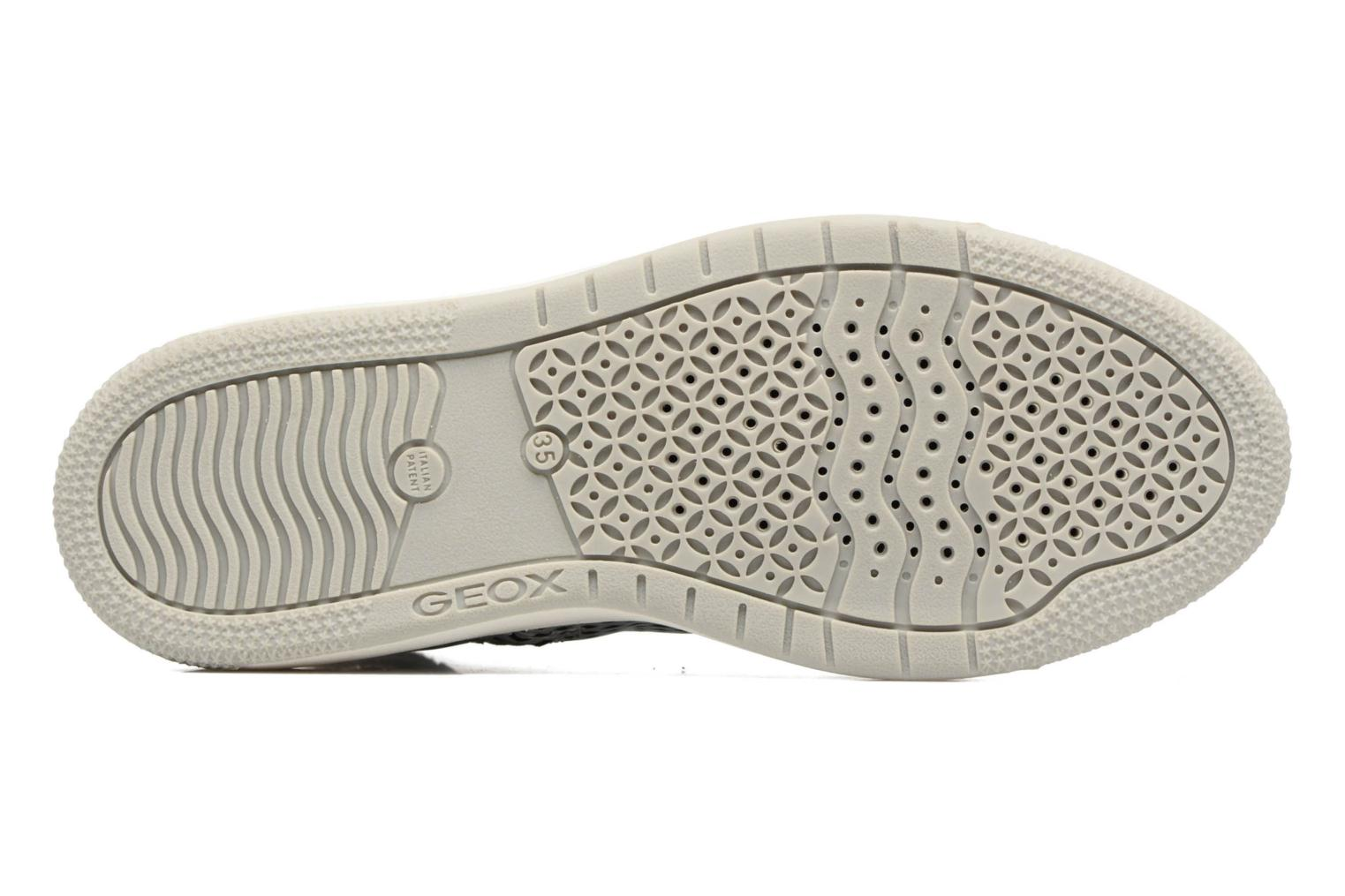 Trainers Geox J Creamy E J62L5E Silver view from above