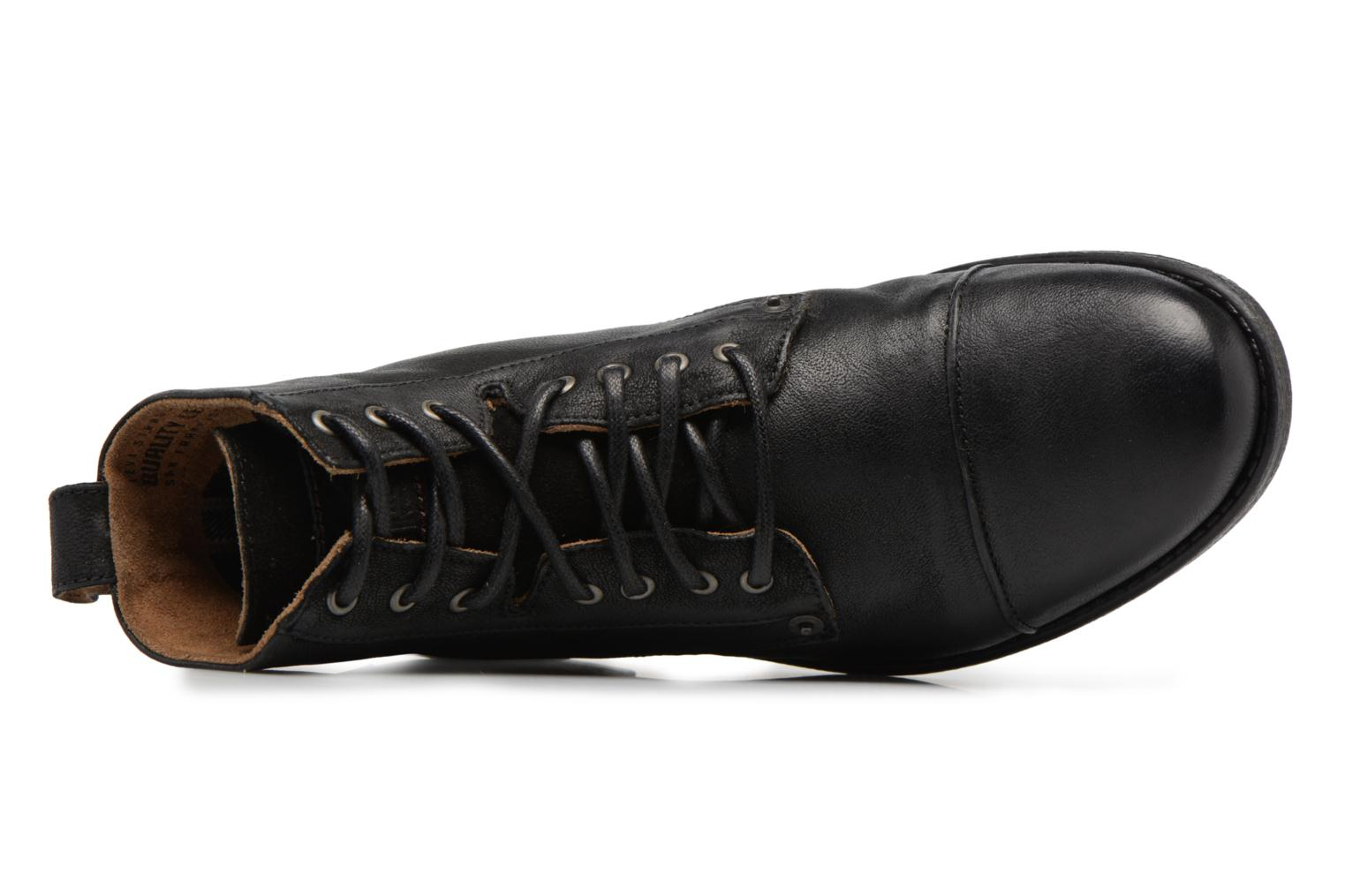 Ankle boots Levi's Emerson Lace Up Black view from the left