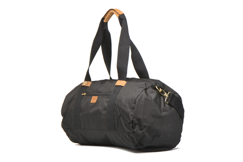 Bagages Faguo Big duffle bag nylon Noir vue portées chaussures