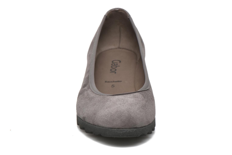 Ballerines Gabor Adèle Gris vue portées chaussures