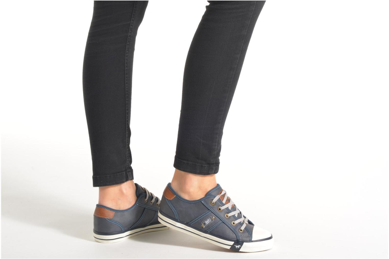 Sneaker Mustang shoes Pluy grau ansicht von unten / tasche getragen