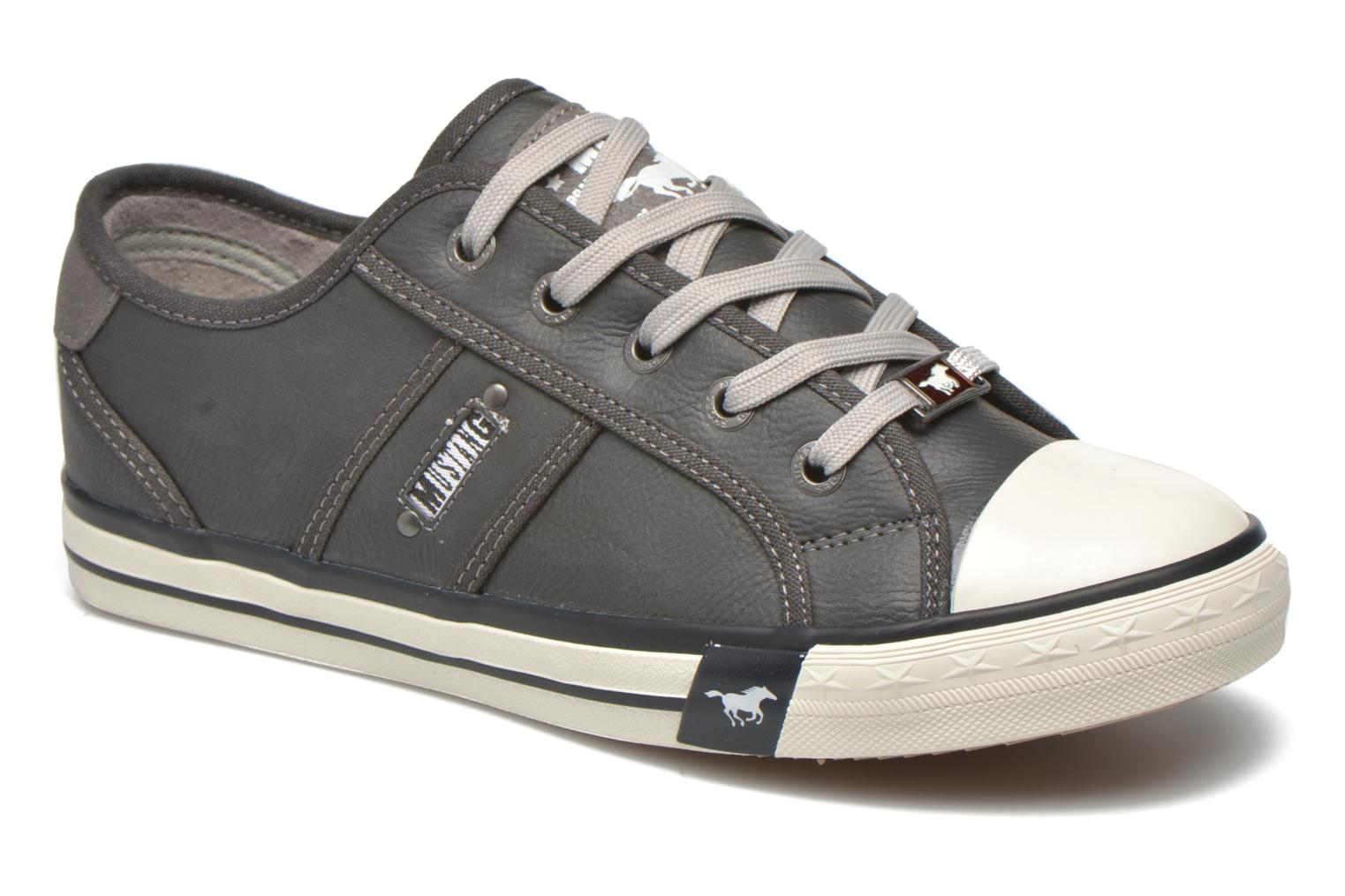 Trainers Mustang shoes Pluy Grey detailed view/ Pair view