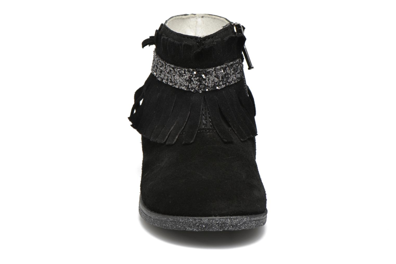 Stivaletti e tronchetti Primigi Siusy Nero modello indossato
