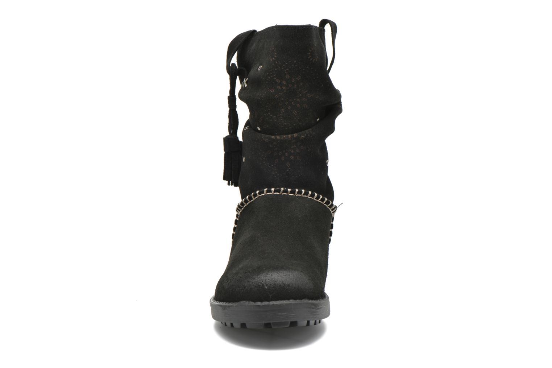 Bottines et boots Coolway Brisi Noir vue portées chaussures