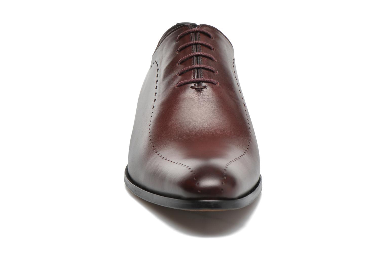 Chaussures à lacets Brett & Sons Raya Bordeaux vue portées chaussures