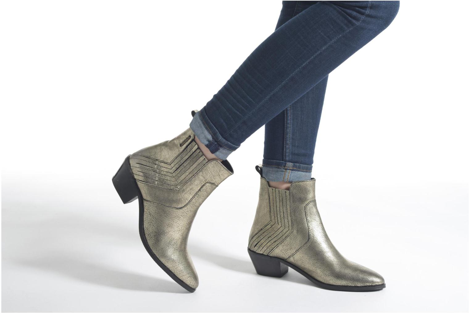 Ankle boots Pepe jeans Dina New Metal Bronze and Gold view from underneath / model view