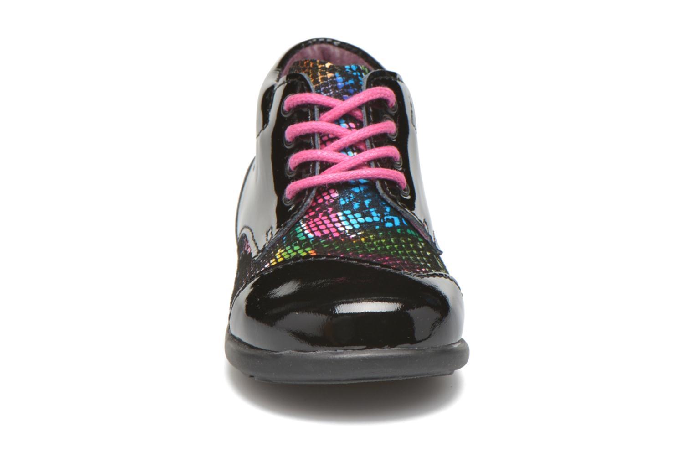 Scarpe con lacci Mod8 Lou Nero modello indossato