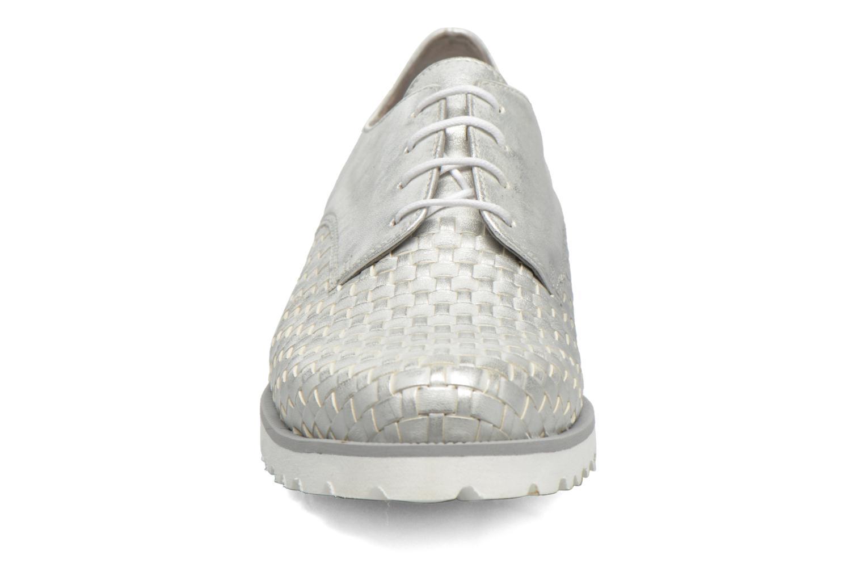 Zapatos con cordones Gabor Mariam Plateado vista del modelo