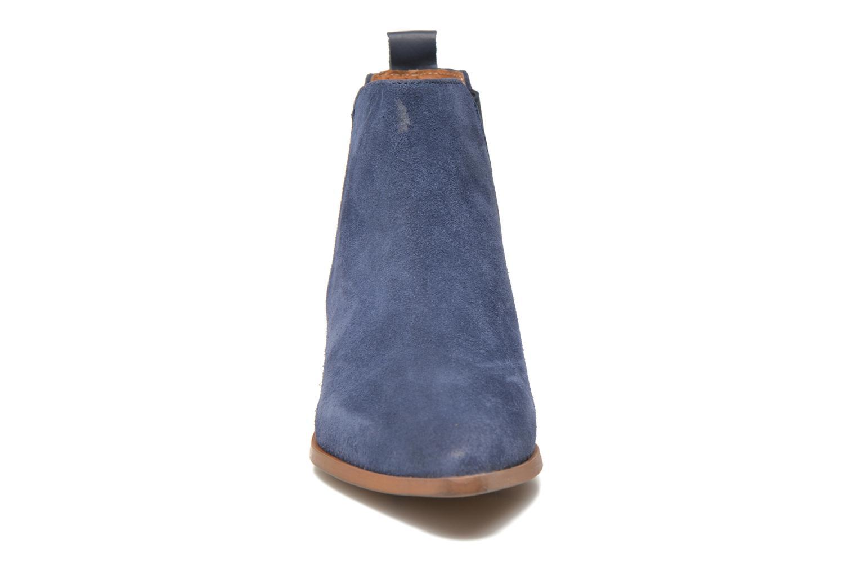 Stivaletti e tronchetti Bronx Vik Azzurro modello indossato