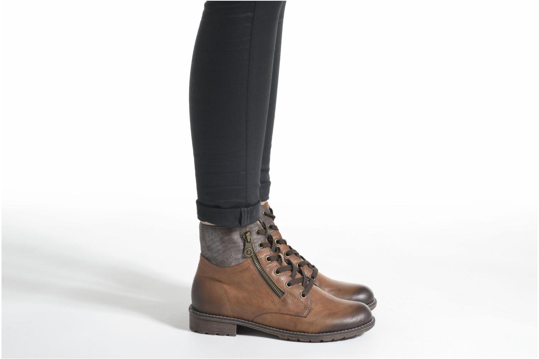 Bottines et boots Rieker Lea K3468 Marron vue bas / vue portée sac