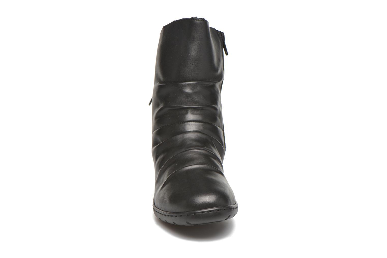 Bottines et boots Rieker Tif Z4362 Noir vue portées chaussures