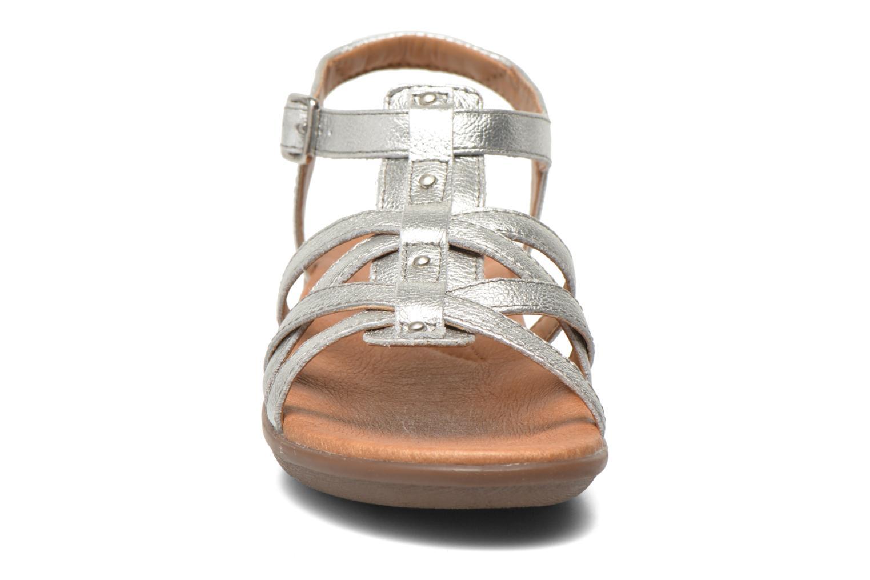 Sandales et nu-pieds Clarks Manilla Bonita Argent vue portées chaussures