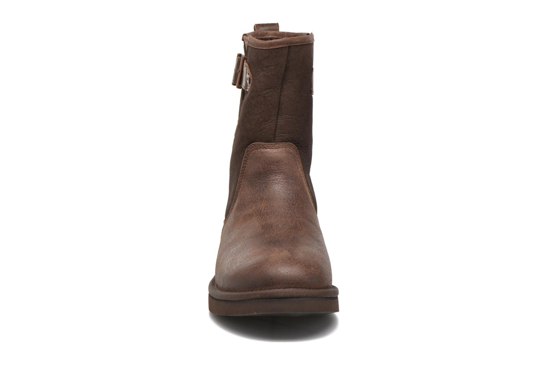 Bottines et boots UGG Guthrie Marron vue portées chaussures