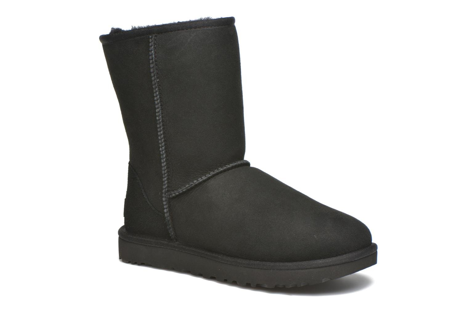 Ankle boots UGG W Classic Short II Black detailed view/ Pair view