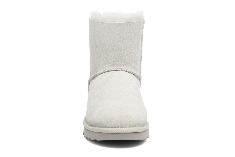 Stiefeletten & Boots UGG W Mini Bailey Bow II grau schuhe getragen