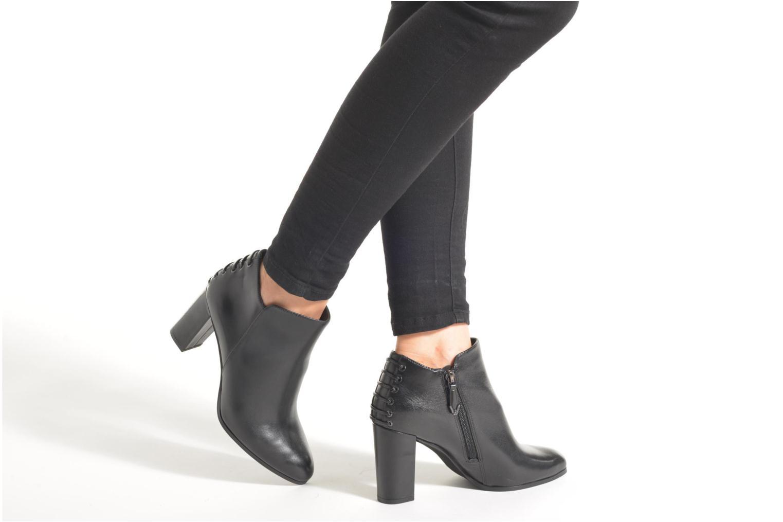 Stiefeletten & Boots What For Ytienne schwarz ansicht von unten / tasche getragen