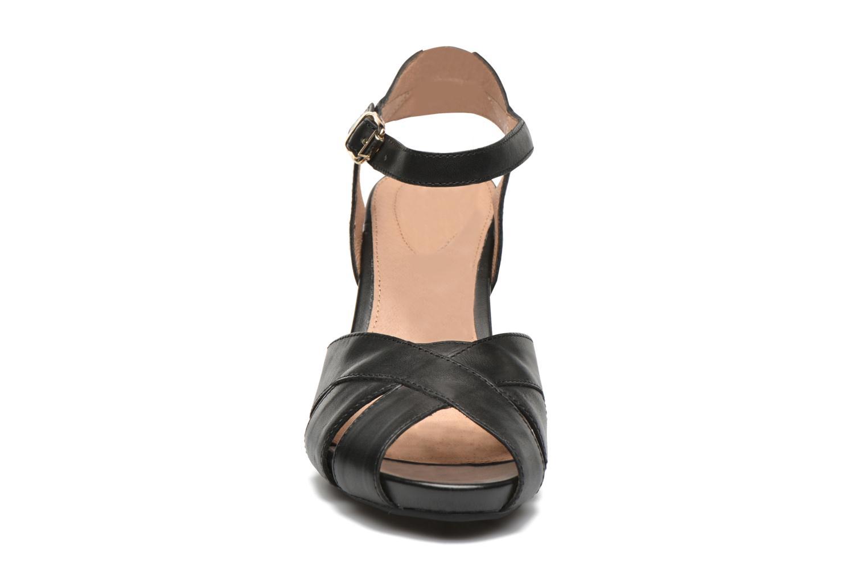 Sandales et nu-pieds Stonefly Diana 3 Calf Noir vue portées chaussures