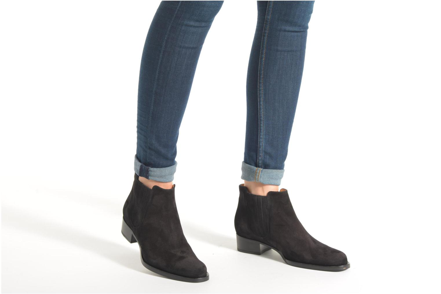Ankle boots Free Lance Legend 4 boot elast Black view from underneath / model view
