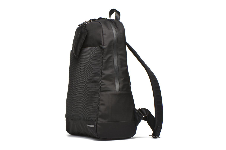 Sacs à dos Esprit Giovanni Backpack Sac à dos Noir vue portées chaussures