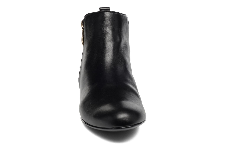 Stiefeletten & Boots Hassia Fermo 1081 schwarz schuhe getragen