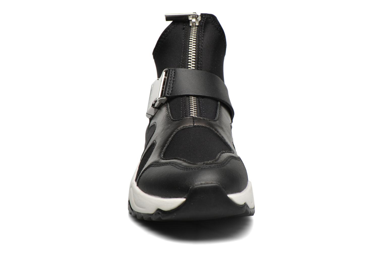 Baskets Diesel S-Superyor Plus W Noir vue portées chaussures