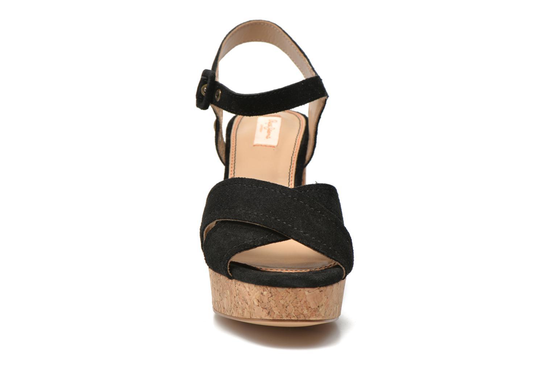 Sandales et nu-pieds Pepe jeans Grace suede Noir vue portées chaussures