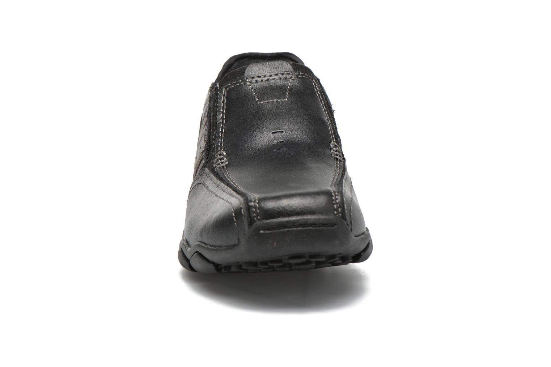 Loafers Skechers Diameter- Zinroy Svart bild av skorna på