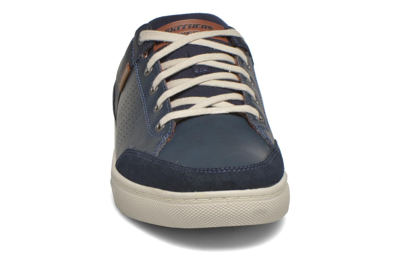 Baskets Skechers Elvino- Lemen Bleu vue portées chaussures
