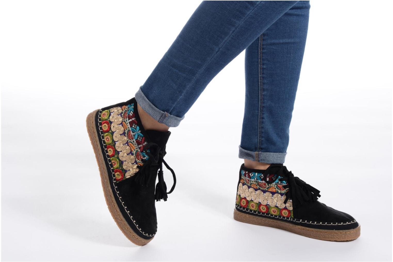 Chaussures à lacets Eclipse Zora Jaune vue bas / vue portée sac