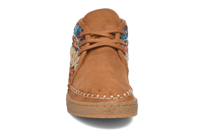 Chaussures à lacets Eclipse Zora Jaune vue portées chaussures