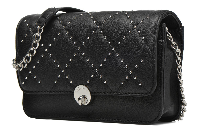 Sacs pochettes Tamaris MARY Clutch bag Noir vue portées chaussures