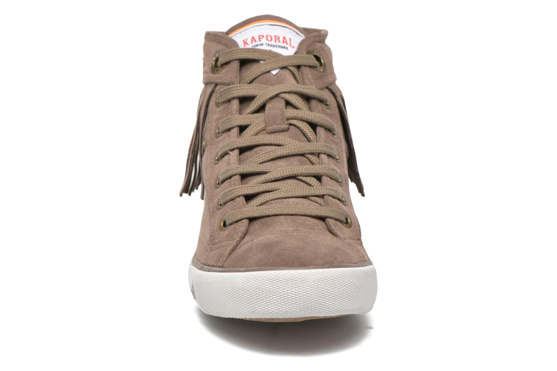 Baskets Kaporal Icarly Marron vue portées chaussures