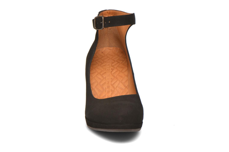 Escarpins Chie Mihara Mancha Noir vue portées chaussures