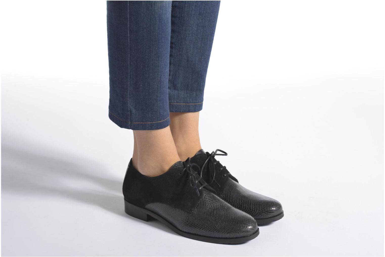 Chaussures à lacets HE Spring Morgan Noir vue bas / vue portée sac