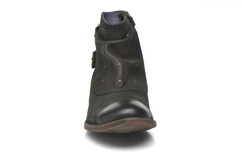 Bottines et boots Kickers Robot Noir vue portées chaussures