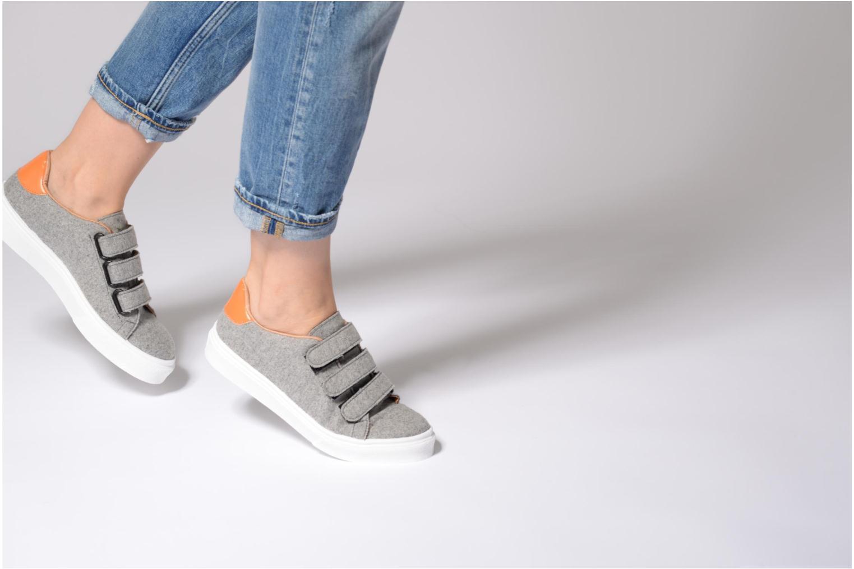 Sneaker Made by SARENZA Partygloo #1 grau ansicht von unten / tasche getragen