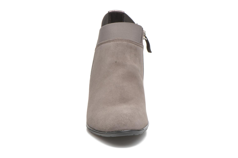 Bottines et boots Ara Tol 43442 Gris vue portées chaussures