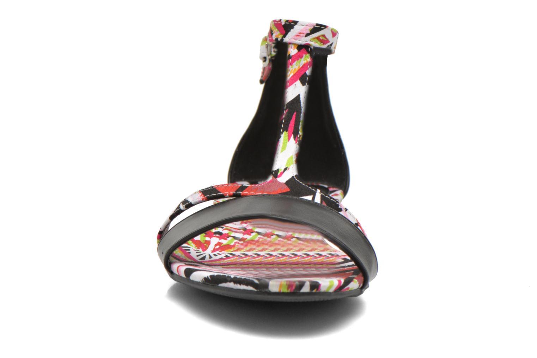 Sandali e scarpe aperte Divine Factory Makiba Multicolore modello indossato