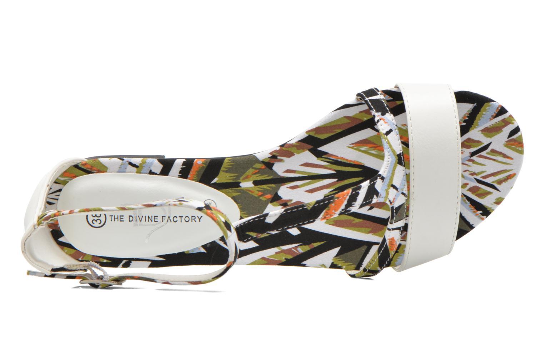 Sandales et nu-pieds Divine Factory Makiba Blanc vue gauche