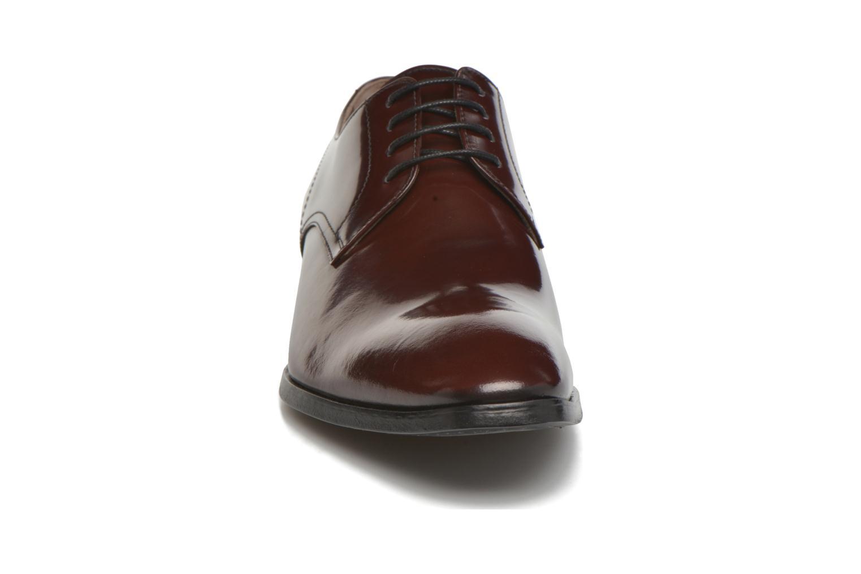 Chaussures à lacets Karl Lagerfeld Rafaelo Bordeaux vue portées chaussures
