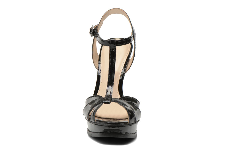 Sandales et nu-pieds Buffalo Aya Noir vue portées chaussures