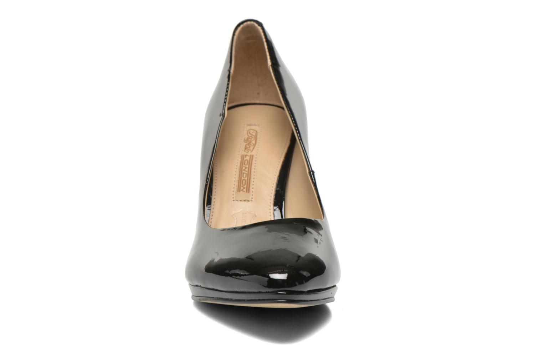 Escarpins Buffalo Leonce Noir vue portées chaussures